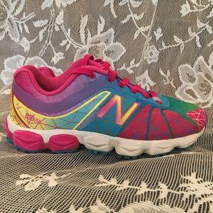 NEW BALANCE 890 V4 Sneakers - sz girls 11